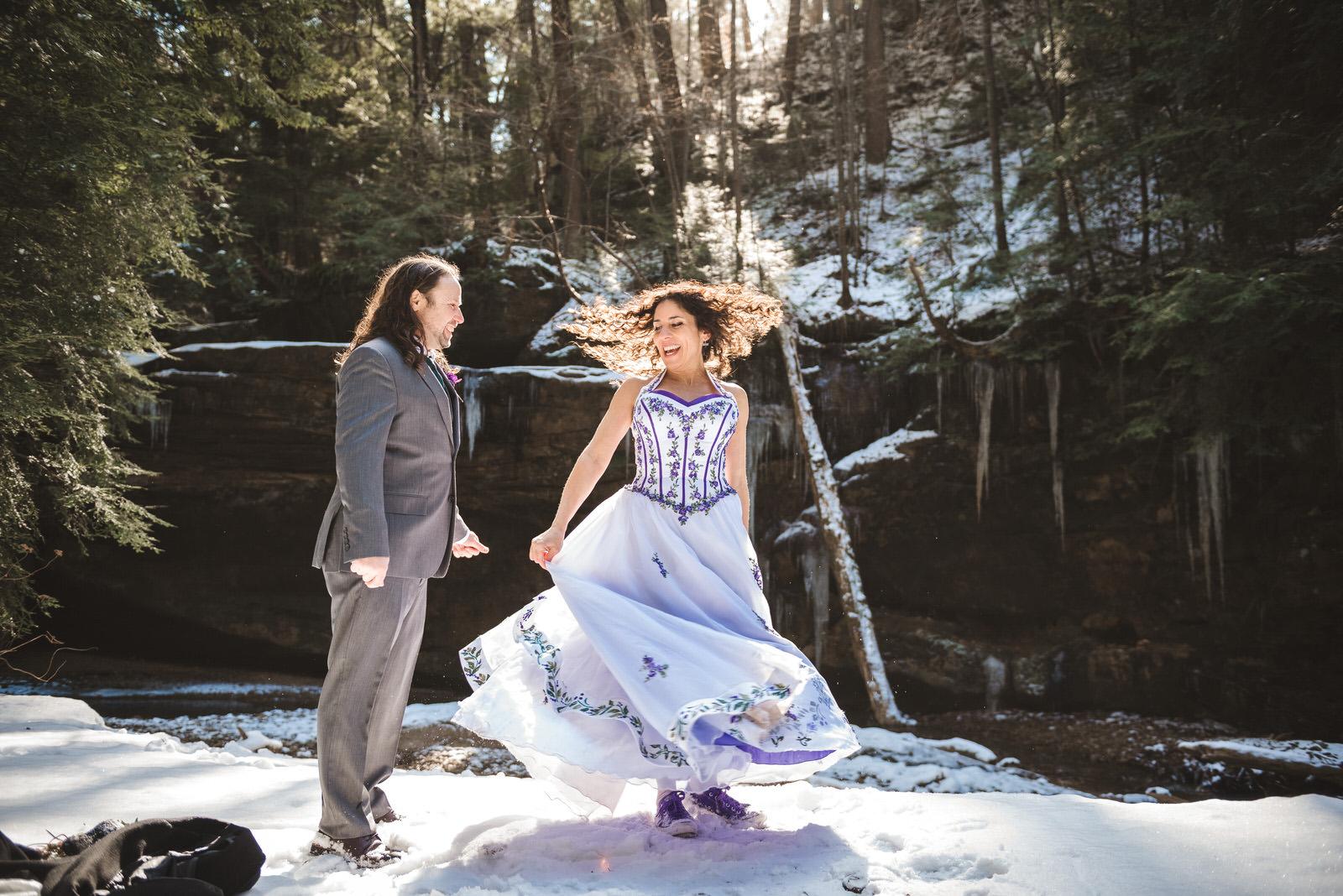 hocking-hills-ohio-wedding-elopement-dress-twirl