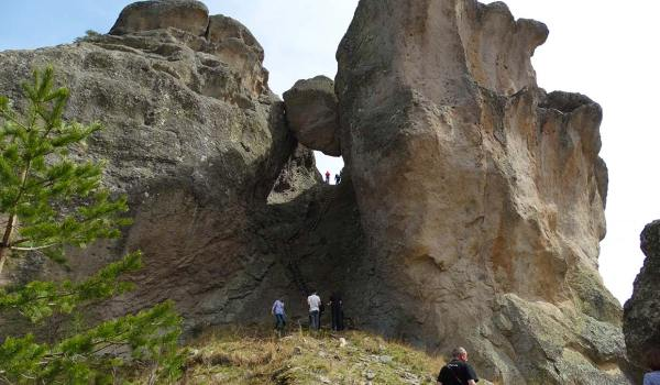 Караджов камък: невероятни легенди за голямо съкровище