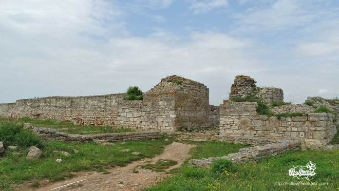 Останки от антична крепост на нос Калиакра