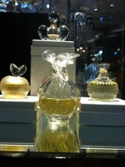 One of my favorite flacons of all time, Nina Ricci's L'air du Temps, in proper crystal.
