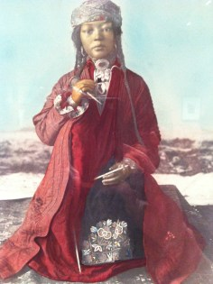 Anonymous, Doll in Asiatic costume from ethnographic exhibition, 1867, Salt print, painted