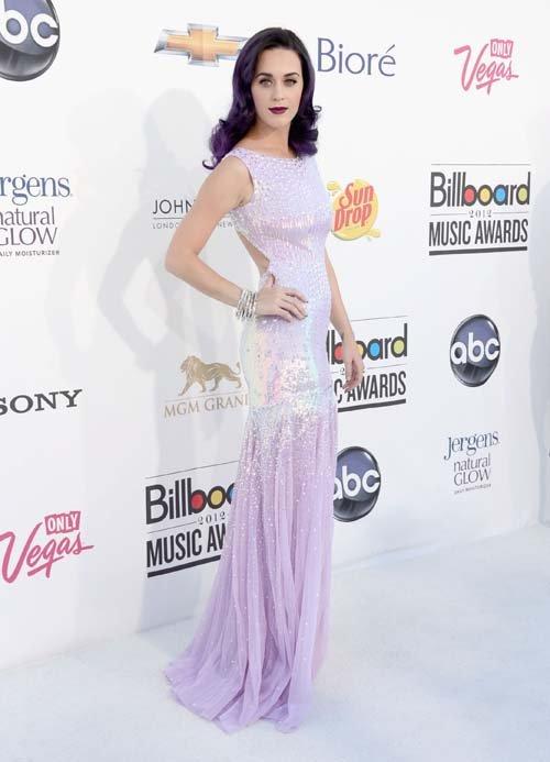 Seis estilismos que triunfaron en los Premios Billboard 2012