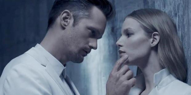 Alexander Skarsgard vuelve a protagonizar una campaña con Calvin Klein