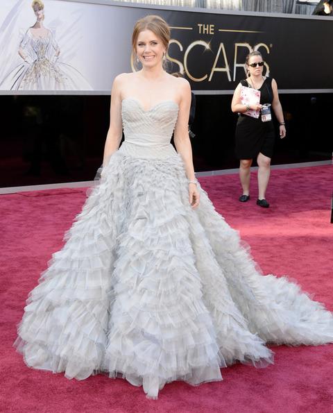 Amy Adams en la alfombra roja de los Premios Oscar 2013