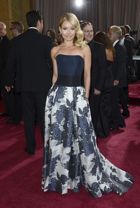 Kelly Ripa en la alfombra roja de los Premios Oscar 2013