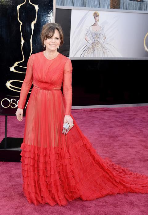 Sally Field en la alfombra roja de los Premios Oscar 2013