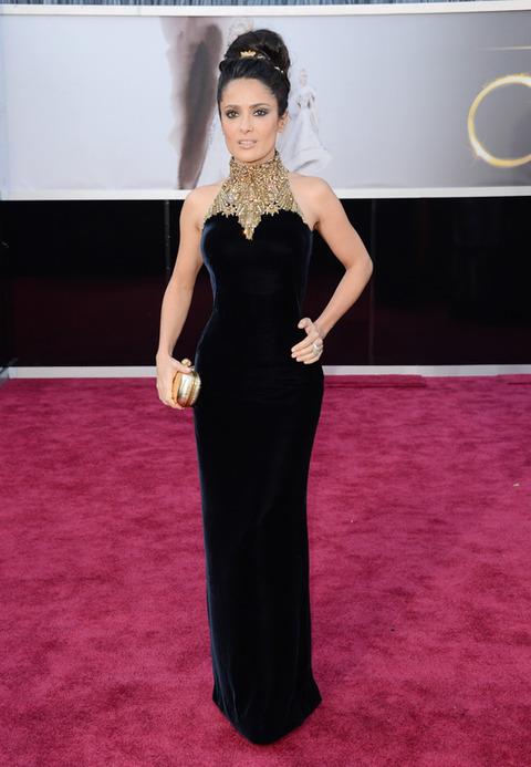 Salma Hayek en la alfombra roja de los Premios Oscar 2013