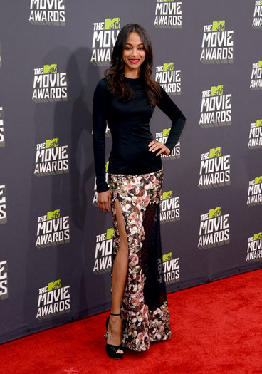 Zoe Saldana en los MTV Movie Awards 2013