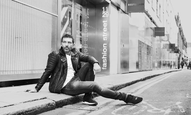 ANTONIO BANDERAS lanza su primera línea de moda