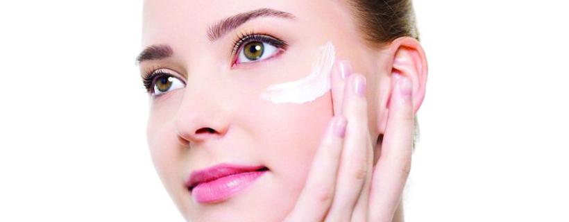 ¿Estás segura de aplicarte correctamente la crema hidratante?