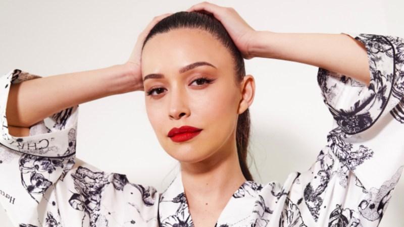Christian Serratos se convierte en la nueva embajadora de Dior