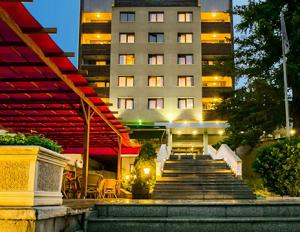 Спа Хотел Девин 4 звезди - един от най-добрите СПА хотели в Девин с минерален басейн
