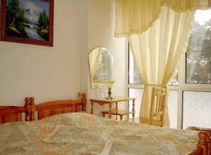 Семеен Хотел Задиак - един от най-близките хотели до Цари Мали Град