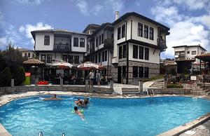 Къща за Гости Александрови Вили в Източни Родопи