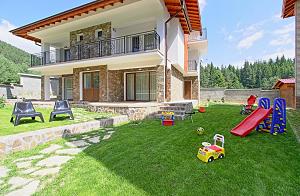 Къща за Гости Родопски рай Дикчан, село Смилян