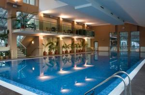 Вътрешен басейн на Велина СПА хотел във Велинград