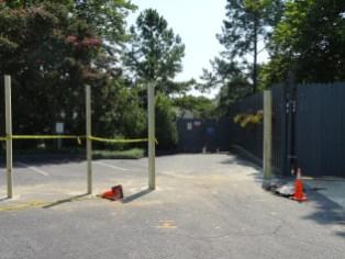 Thirteen Extended Queue Gate