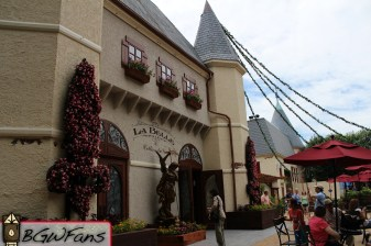 An overview of La Belle's front facade