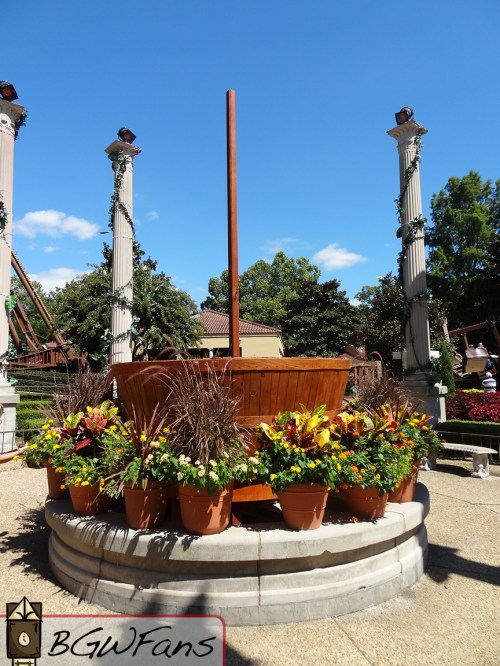 A crows nest has been built in the center of Da Vinci's Garden of Inventions