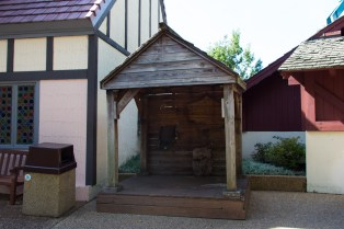 A random little shack in Rhinefeld next to the fountain past the Rhinefeld archway