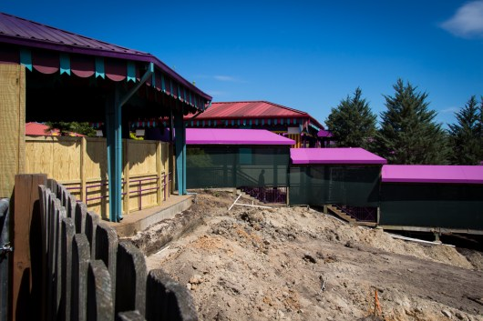 Looking back towards the construction walls in Apollo's Chariot's extended queue