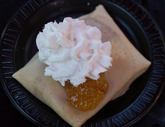 Busch Gardens Williamsburg Food and Wine Festival 2016 Brie et Marmelade d'Orange Crêpe