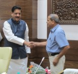 Bhagwan Datar with the CM