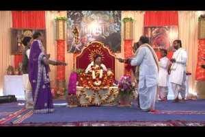 आरती कुंजबिहारी की २३ दिस १२ (Aarti Kunj Bihari Ki)