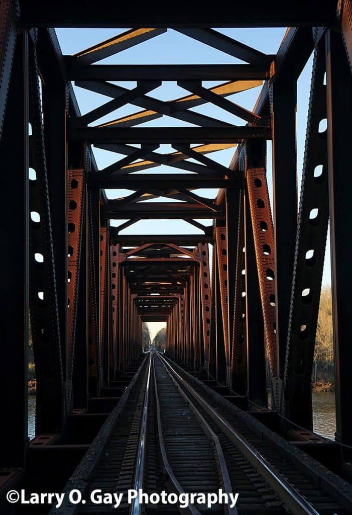 The perfect railroad bridge picture