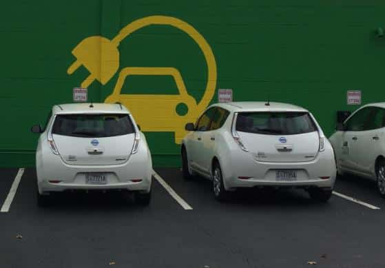 Electric Vehicles can now Charge up on UAB's campus