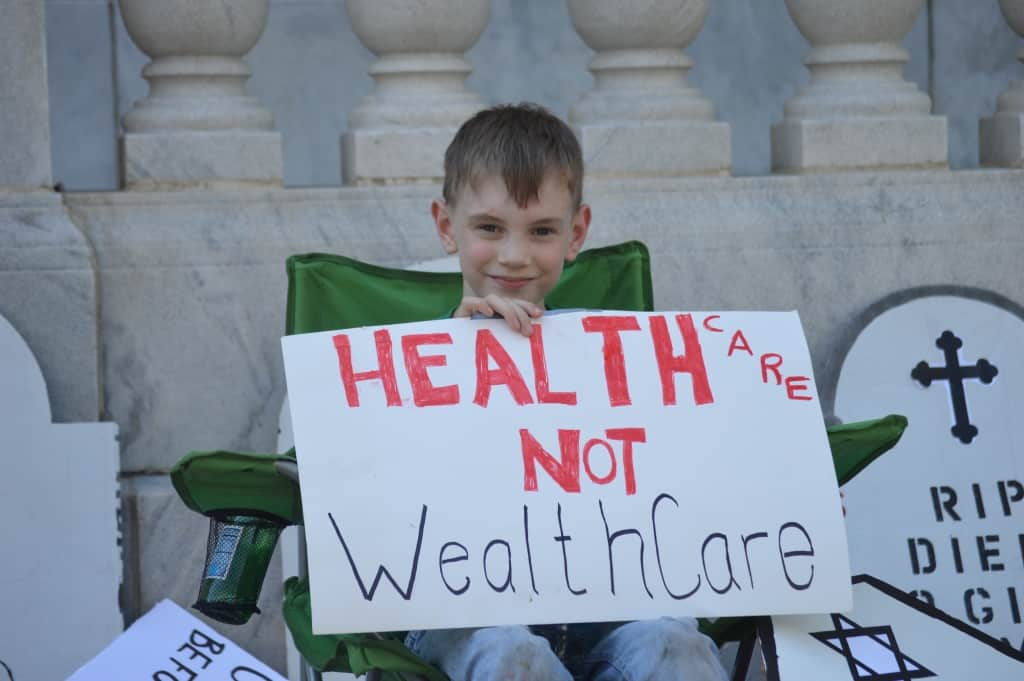 We dare defend our rights – health care sit-in at the Birmingham federal building