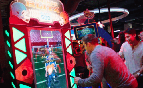 Dave & Buster's arcade games