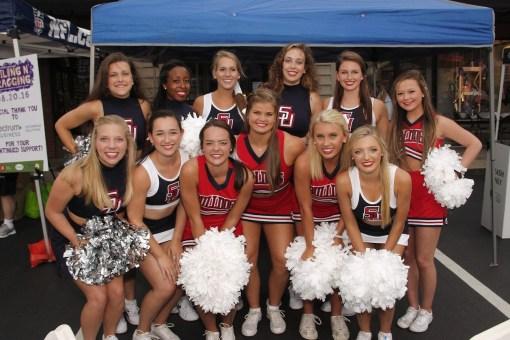 Samford cheerleaders at Boiling N' Bragging