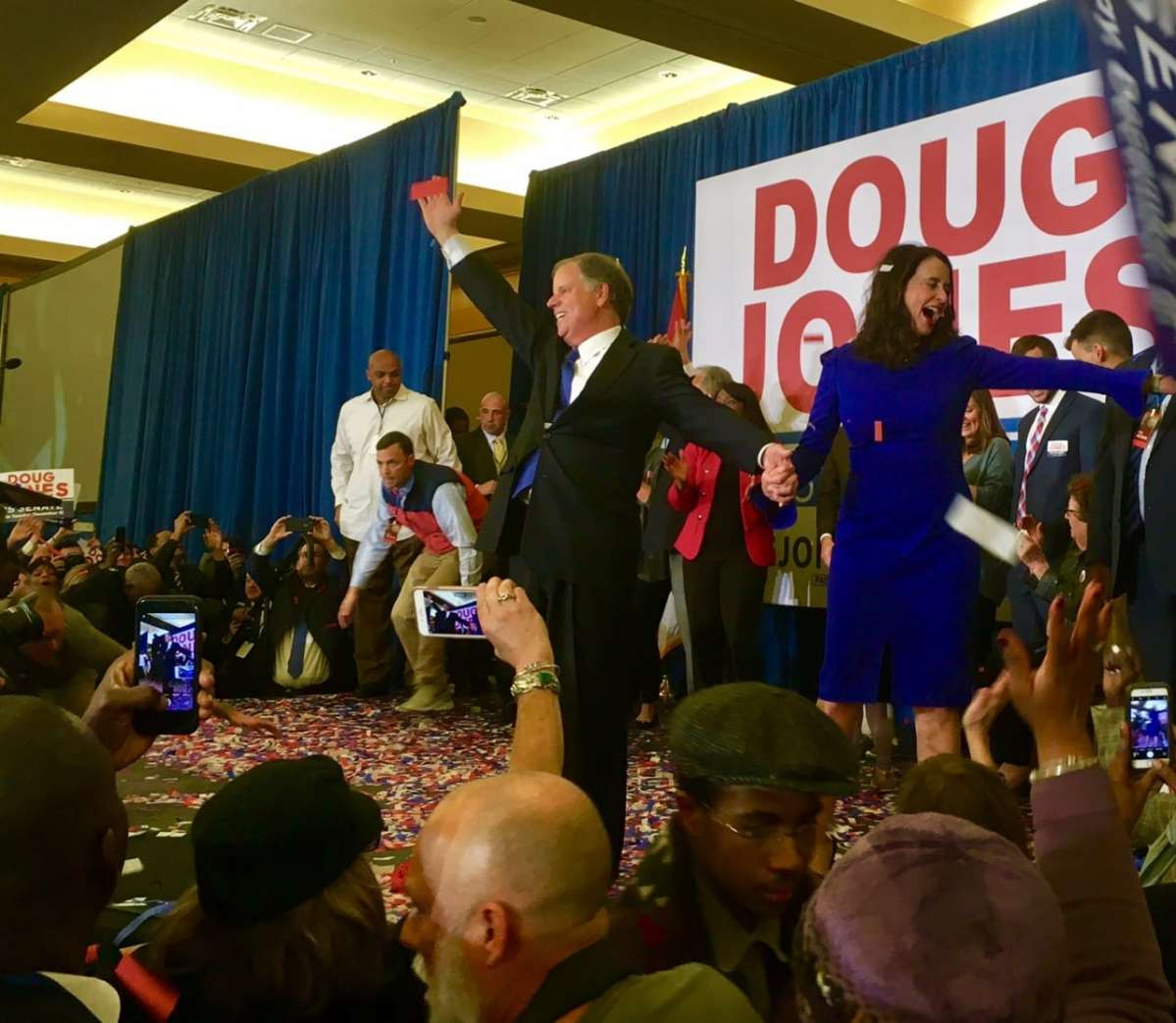 Birmingham, should Doug Jones run for president? The Internet wants to know.