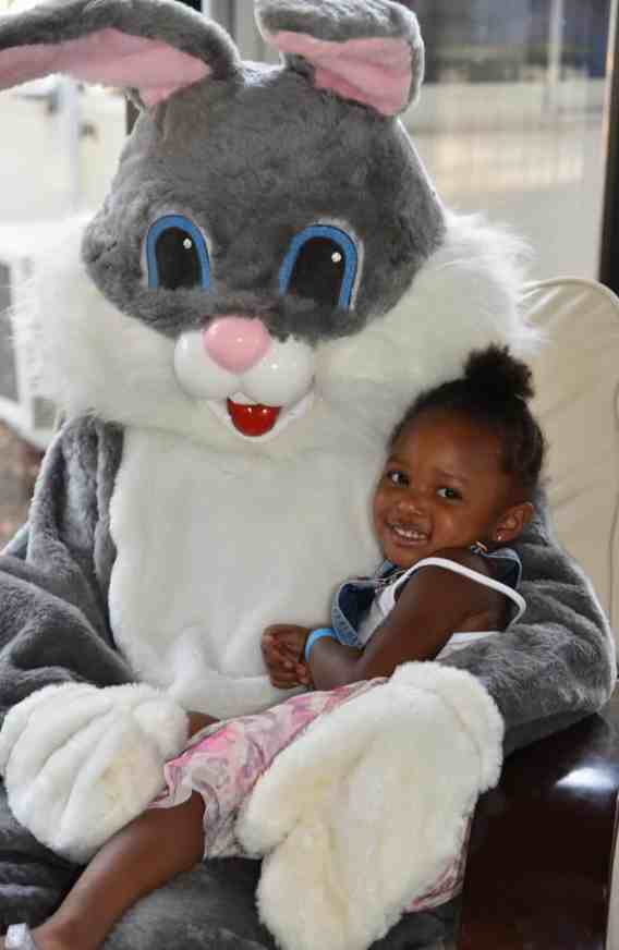 Birmingham, Birmingham Zoo, Easter, Easter egg hunt, Easter Bunny, Breakfast with the Easter Bunny