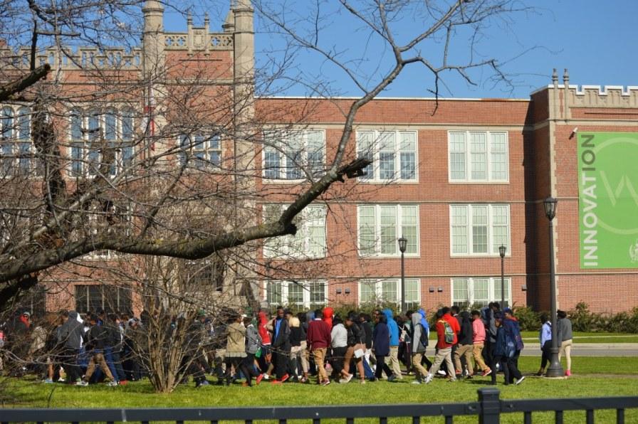 Birmingham, Alabama, Woodlawn, students