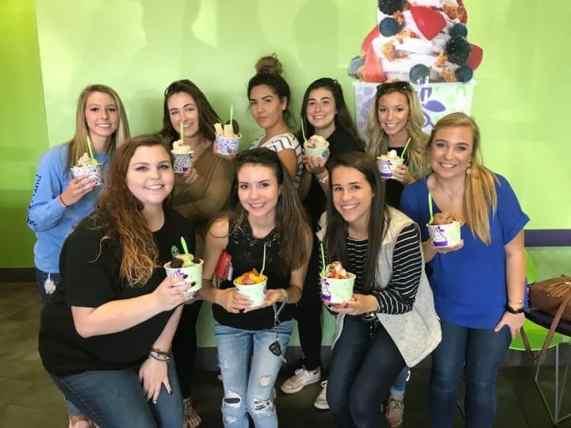 Birmingham, Yogurt Mountain, frozen yogurt, dessert, ice cream
