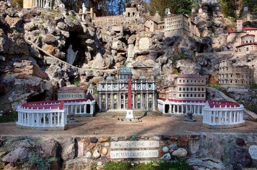 Birmingham, Alabama, 3 day trips north of Birmingham, Ave Maria Grotto
