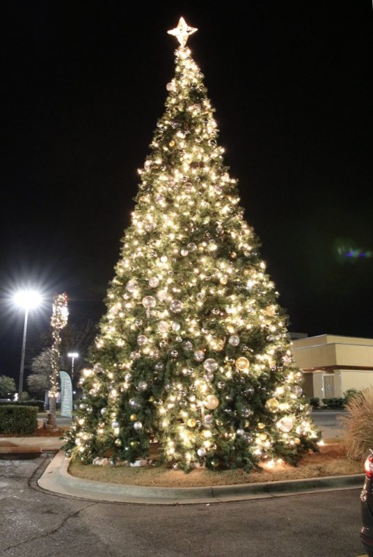 Birmingham, The Summit, Driver's Way, Christmas decorations, Christmas lights, light displays