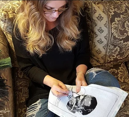 Leanna Leithauser Lesley is one of 5 Birmingham artists. She fuses needlepoint and jazz.