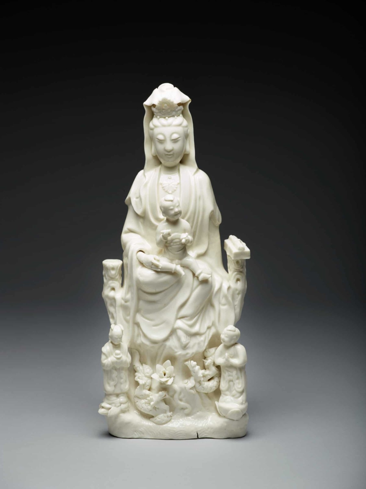 Intersections of Faith: Guanyin and Mother Mary