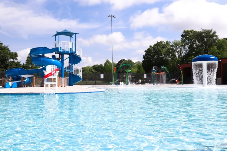 Homewood Community pool will open to the citizens of Homewood Memorial Day weekend. The splash pad is open now! (Photo by Christine Hull for Bham Now)
