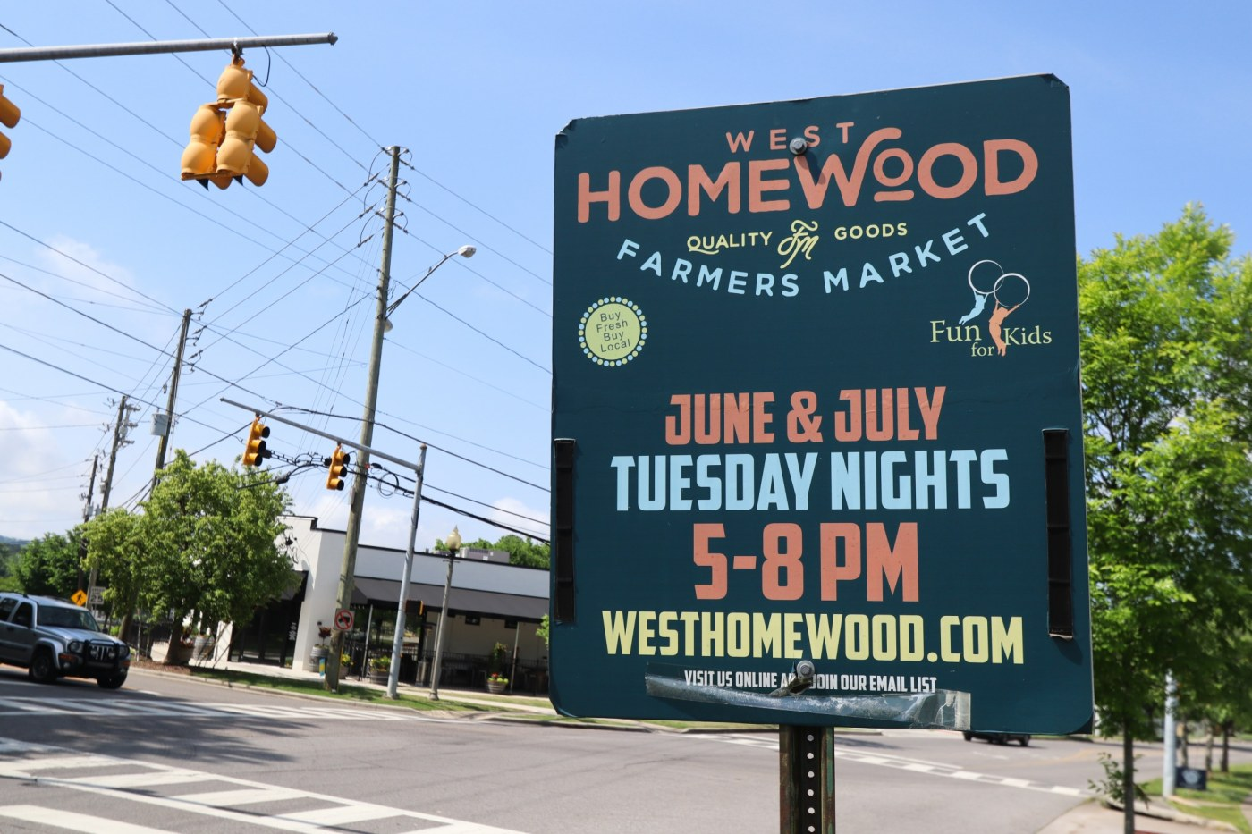 West Homewood Farmers Market sign. (Photo by Christine Hull for Bham Now)