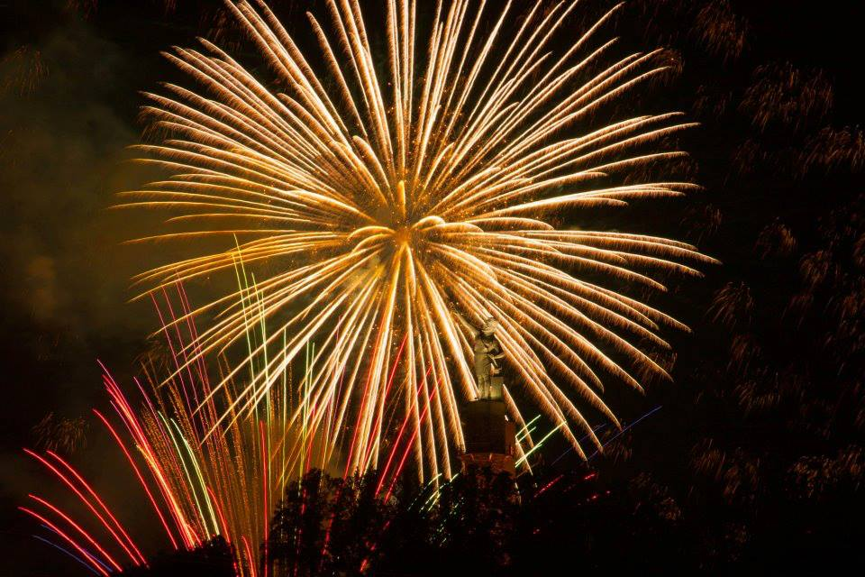 Birmingham, Vulcan Park and Museum, fireworks, Thunder on the Mountain