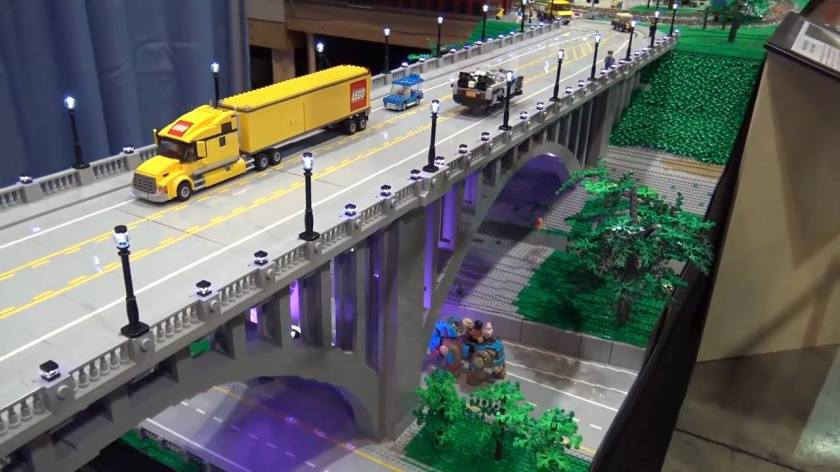 Many a civil engineer got their start with LEGO. Or so we imagine when thinking about the 59/20 bridge project.