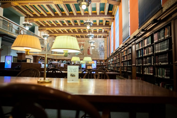 Inside the Linn-Henley Research Library