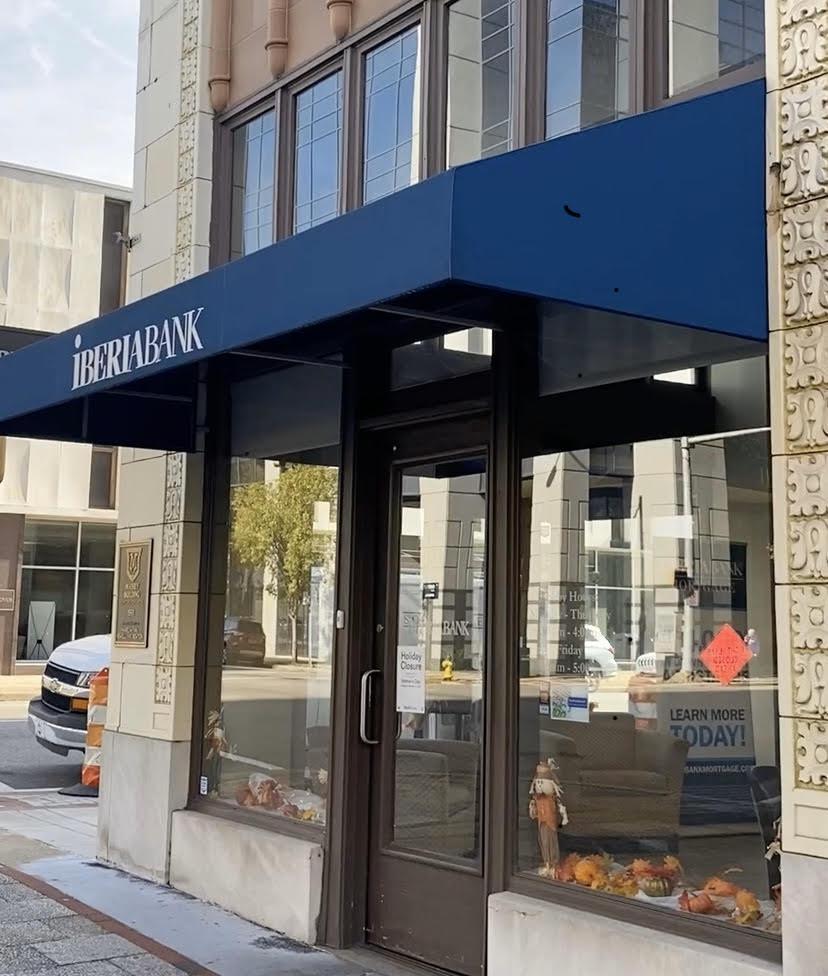 Photo of downtown Birmingham, Alabama location of IBERIABANK.