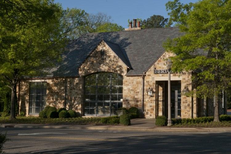 Photo of IBERIABANK in Crestline.
