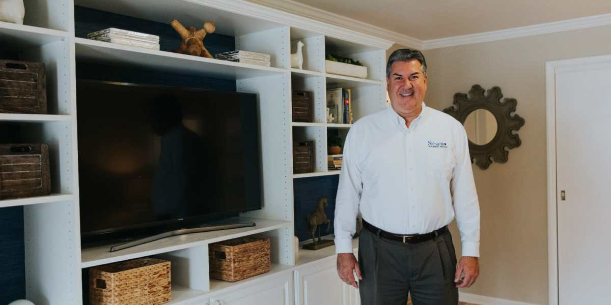 3 ways a built-in entertainment center can jazz up your Birmingham home