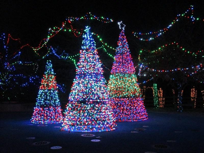 Birmingham, Birmingham Zoo, ZooLight Safari, holiday lights, Christmas lights